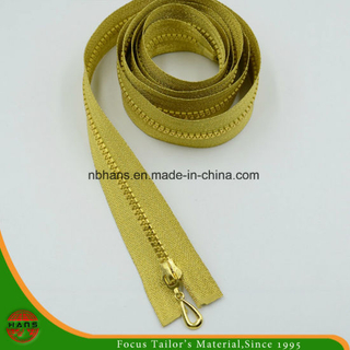 5# Plastic Golden Teeth & Golden Tape Zipper (SZ-072)